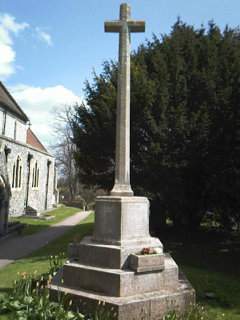 Eastry war memorial before.jpg